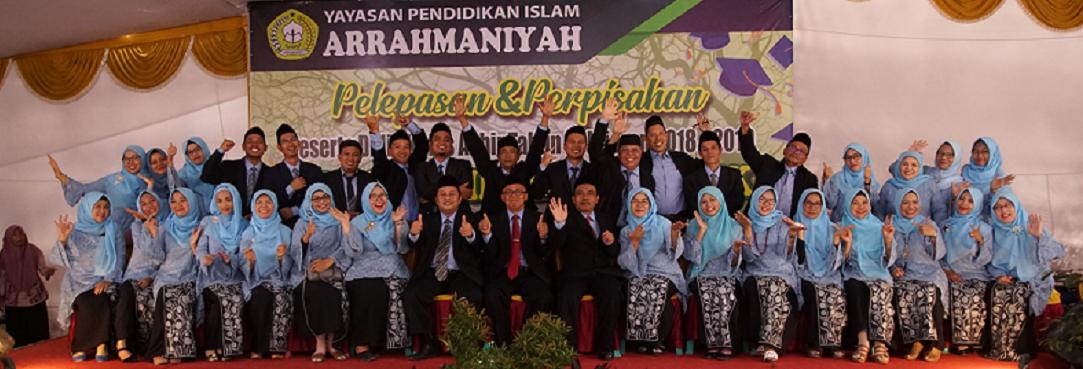 Foto Dewan Guru Pelepasan Siswa Tingkat Akhir Tahun 2019